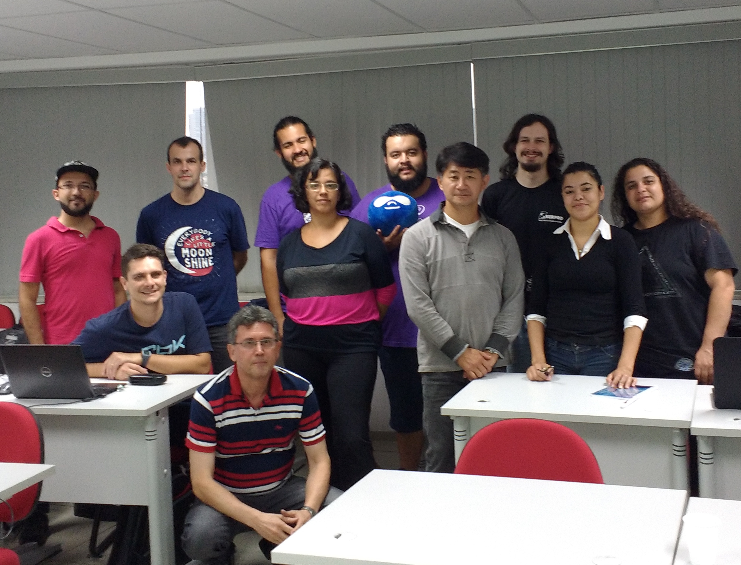 Foto com os participantes do drupal globay training day 2016
